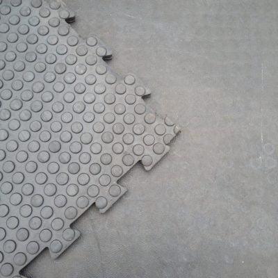 grip-top-tile-2-interlocking-rubber-matting-flooring