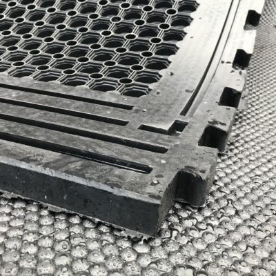 rubber-comfort-mats-cow-protection-matting-cushioned