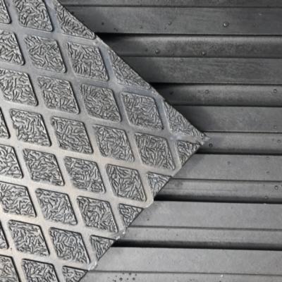 diamond-top-parlour-floor-mat-cow-rubber-matting-systems